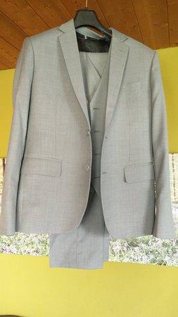 Star Fashion Bangkok: Light gray suit