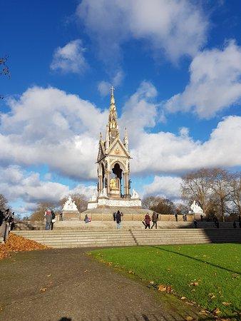 Albert Memorial: photo