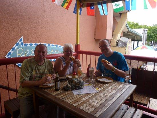 German Tucker Kuranda : Enjoying our lunch.