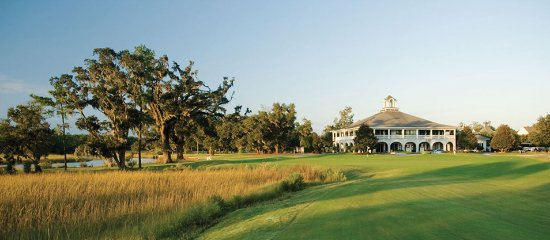 Mount Pleasant, SC: 18th hole and clubhouse on Wagner Creek - Arthur Hills course