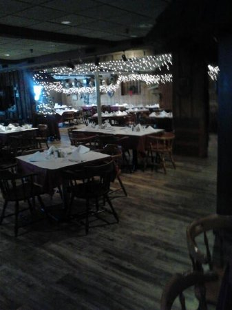 Port Edward Restaurant: Back Area