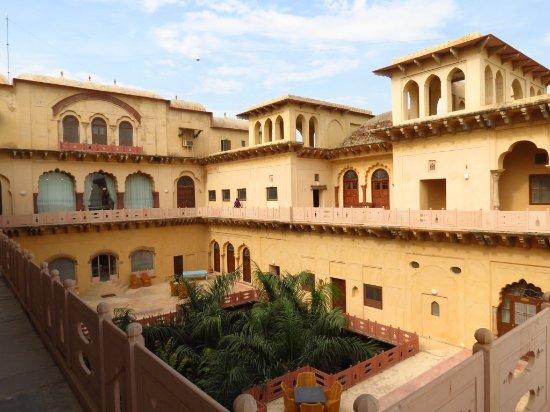 Neemrana's Tijara Fort-Palace: Rani Mahal