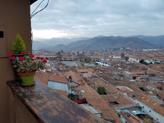 Hostal Wara Wara: Balcony view over Cusco