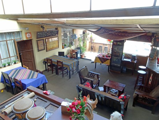 Hostal Wara Wara: Common area/breakfast room