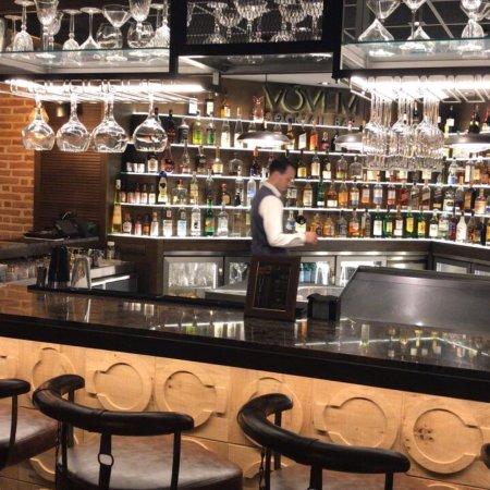 Restaurante vovem paseo maritimo en marbella con cocina for Cocinas marbella