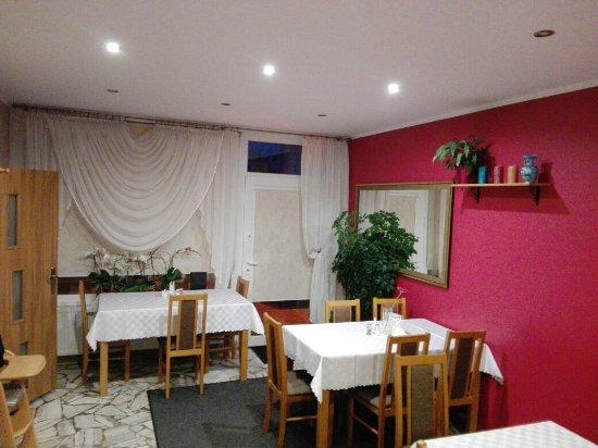 Murowana Goslina, Poland: Restauracyjka u Estery
