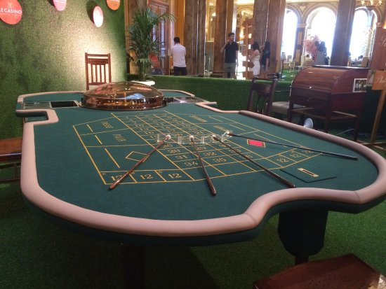 Стол в казино скачать слот автоматы на телефон