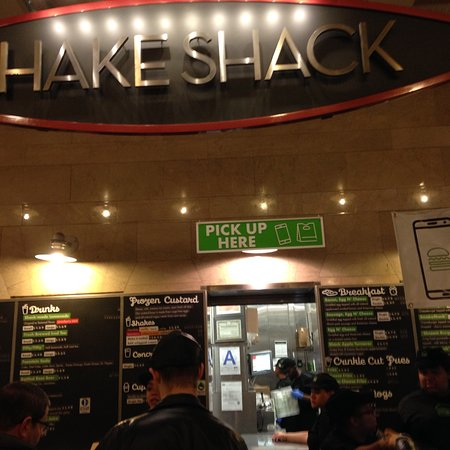 Shake Shack, Nueva York  49 Grand Central Terminal. Entry Room Table. Master Bathroom Decor. Basketball Party Decorations. Room Divider Curtains. Home Movie Room. Bernhardt Dining Room Set. Quiet Room Air Conditioners. Value City Living Room Furniture