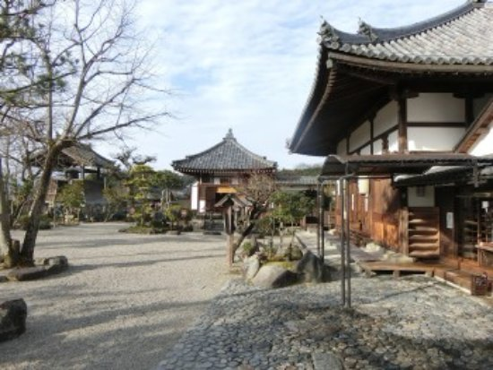 Asuka-dera: 境内の様子