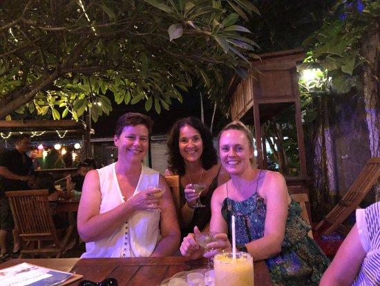 Omang Omang Bar Diner: photo1.jpg