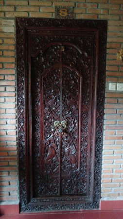 Puri Mas Boutique Resort & Spa: Room door