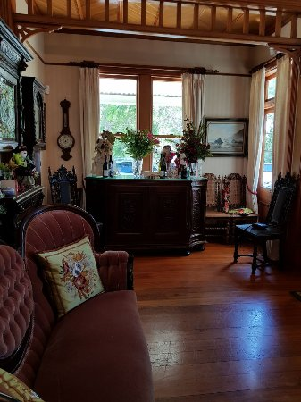 Sussex House Bed and Breakfast Photo