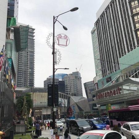 KLCC - Bukit Bintang Pedestrian Walkway: photo0.jpg