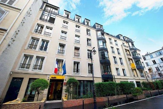 Staycity Aparthotels Gare De L U0026 39 Est  Paris  France