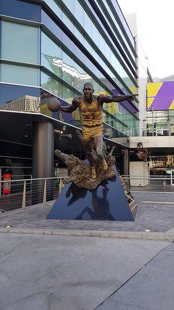 Staples Center LA downtown