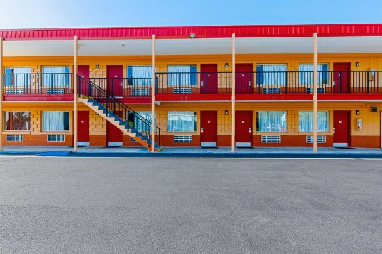 Econo Lodge Bristol Updated 2017 Hotel Reviews Price