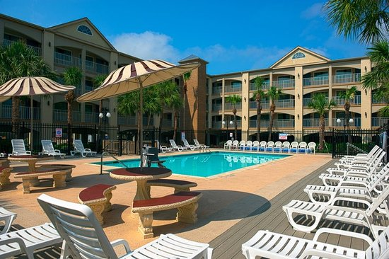 Red Roof Inn Galveston - Beachfront/Convention Center: Pool