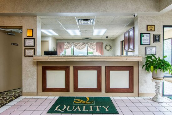 Oakwood, GA: Lobby