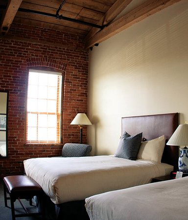 Cork Factory Hotel: Guest room