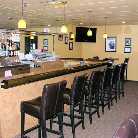 Newport, AR: Bar/Lounge