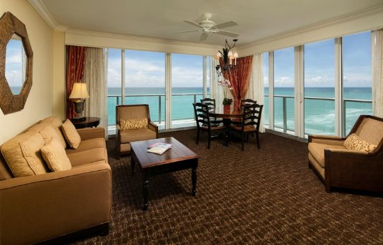 Recreation photo de jupiter beach resort spa jupiter for A suite salon jupiter