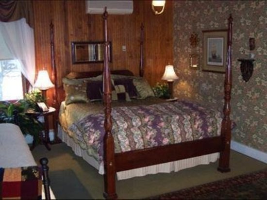 Fairlawn Inn: Guest room