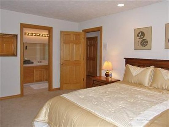 Happy Valley, OR: Guest room