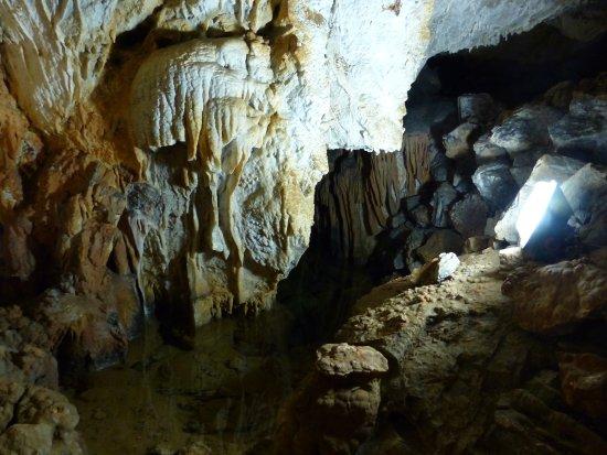Villanova Mondovi, Itália: Particolare della grotta