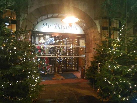 Brasserie Au Dauphin: Рождественское настроение)))