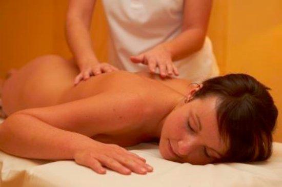 Hotel Steiner: Wählen Sie aus unserem umfangreichen Massagenangebot die für Sie richtige aus.