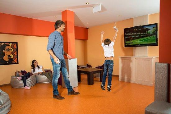 Hotel Steiner: Jugendlounge mit Wii, PlayStation, Singstar uvm.