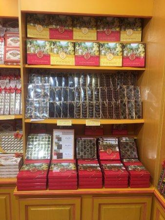 La Cure Gourmande Honfleur: Assortiments de chocolats