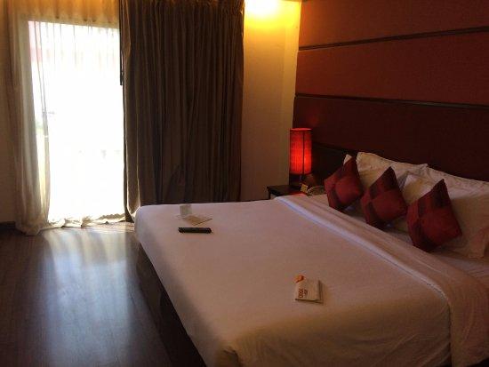 Sunbeam Hotel Pattaya Photo