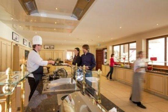 Hotel Steiner: Buffet