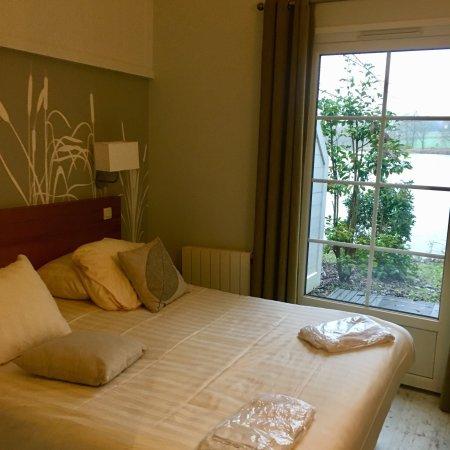 Center Parcs Le Lac d'Ailette: Chambre (cottage VIP)