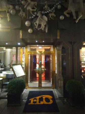Brasserie Floderer: Красиво и уютно)))