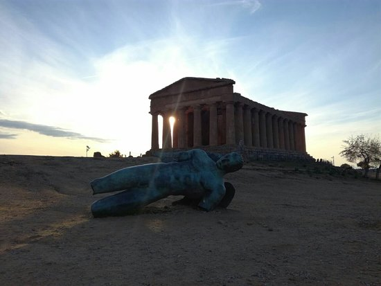 Valley of the Temples (Valle dei Templi): IMG-20171219-WA0172_large.jpg