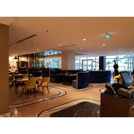 The Grove Hotel & Conference Centre Bahrain Photo