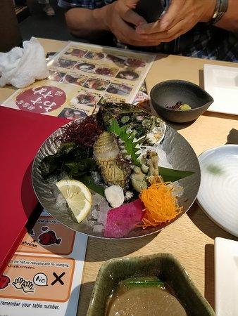 Zauo Shinjuku: Abalone sashimi