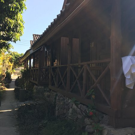 Vang Vieng Gardenbungalow: Lovely bungalows with own balcony area to sit