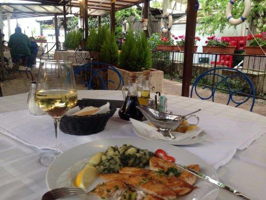 Jadran Kod Krsta: Рыба филе