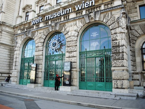 Weltmuseum Wien: Enter and enrich your life