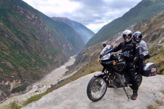Ride China Motorcycle Tours and Rentals: Tiger Leaping Gorge
