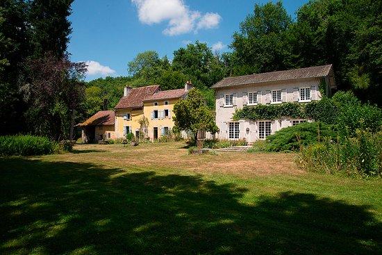Thiat, Γαλλία: Moulin Joyeux - beide huizen