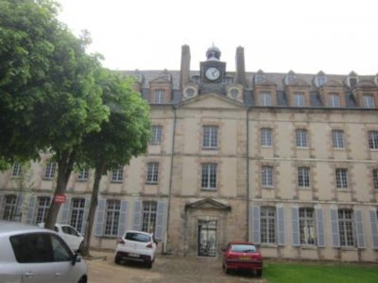 Chartres Historic Preservation Area : ルネサンス様式も