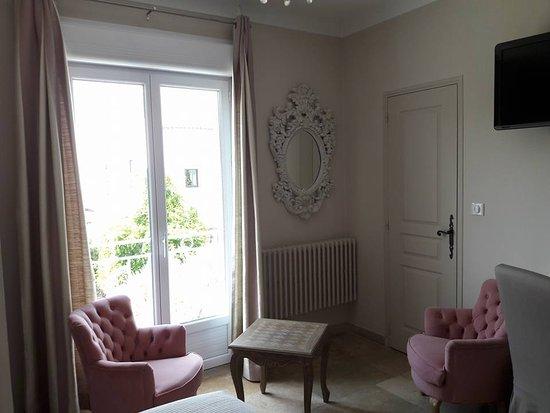 Piscine chauff e exterieure photo de hotel du soleil - Hotel le mas du soleil salon de provence ...