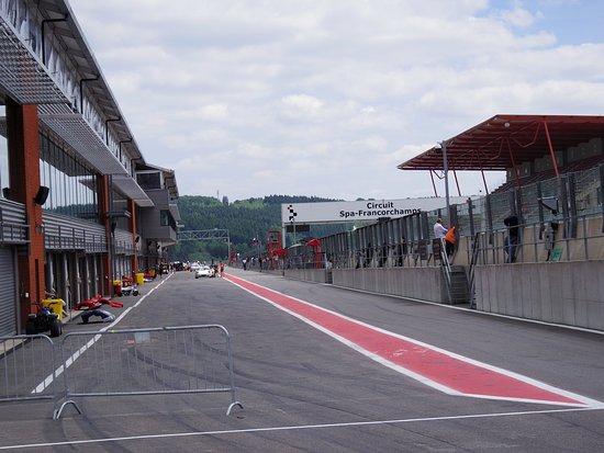 Circuit de Spa-Francorchamps : パドック出口