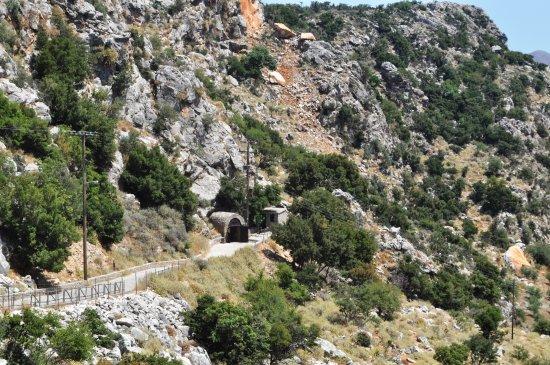Zoniana, Grekland: accès à la grotte