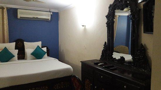 OYO 4452 Hotel Pigeon International: 20171223_223520_large.jpg