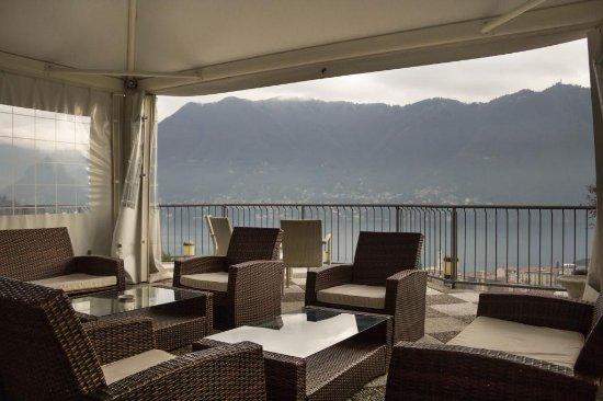 terrazza panoramica su cernobbio e su como - Foto di Ristorante La ...